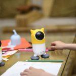 ළමුන් සඳහා පළමු AI බලයෙන් යුත්, භාෂා ඉගැන්වීම සිදු කරන Roybi robot